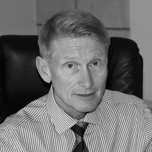 Dr. Martin Brait